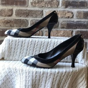 Burberry Heels 💯% Authentic
